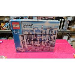 LEGO CITY 7498: Police Station